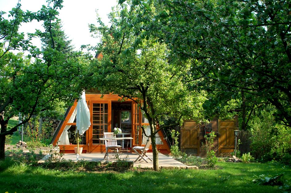 villa sunnyside gartenh uschen. Black Bedroom Furniture Sets. Home Design Ideas